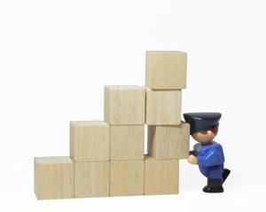 warehouse hazards - falling objects