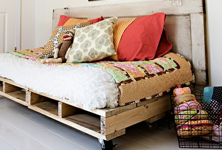wood pallet uses - bed 2