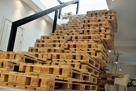 wood pallet uses - office 2