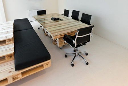 wood pallet uses - office 4