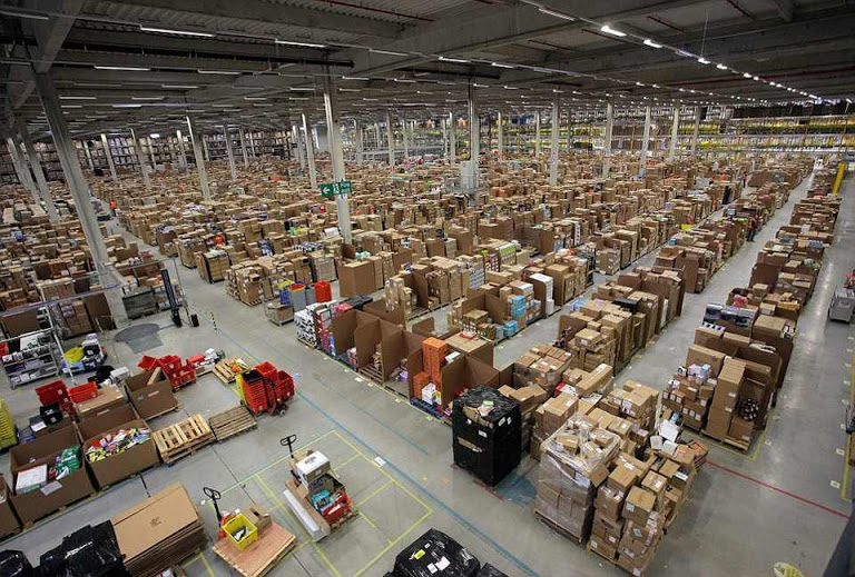 Amazon warehouse for hide and seek